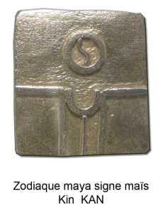 horoscope maya signe maïs ou graine. glyphes tzolkin Kan pendentif en argent